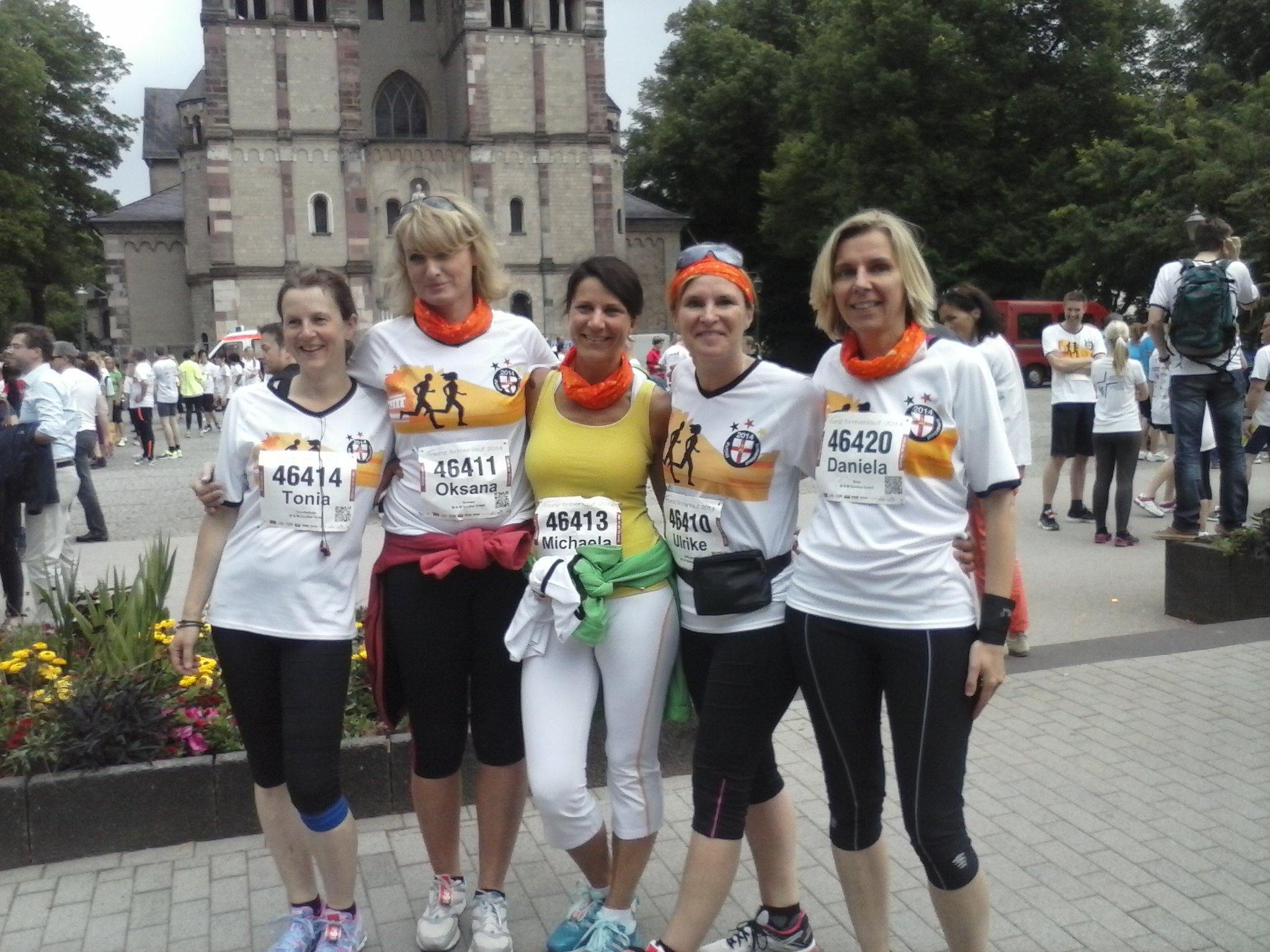 Zumba Läuferinnen Beim Münz Firmenlauf Ac Mallendar